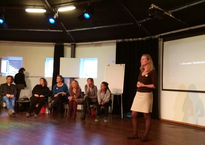 Deelnemers LinC1 presenteren de resultaten van hun onderzoek.